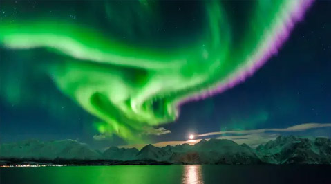 Northern Lights by Rail or Cruise from $2,295 (7 Nights)